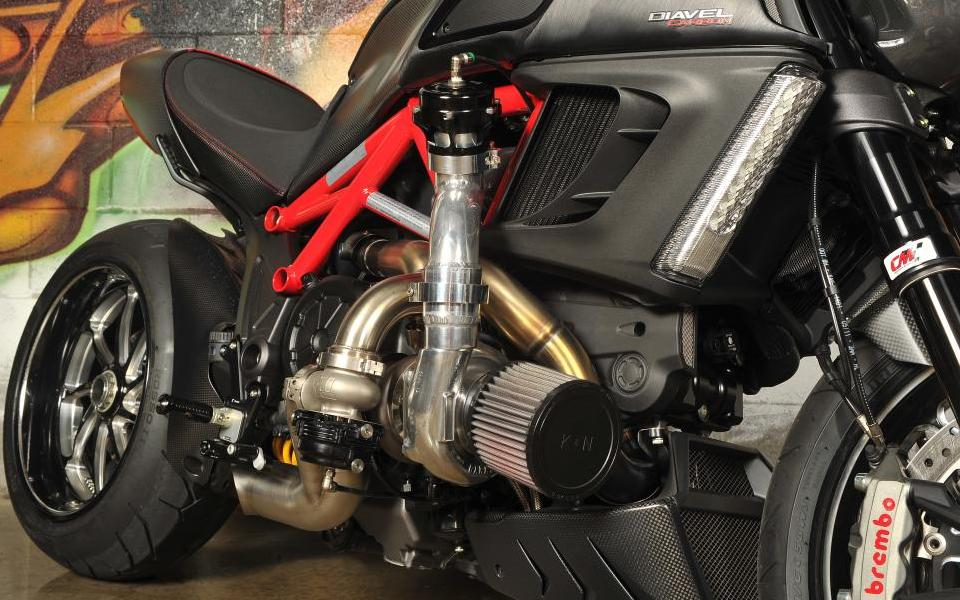 ducati diavel turbo