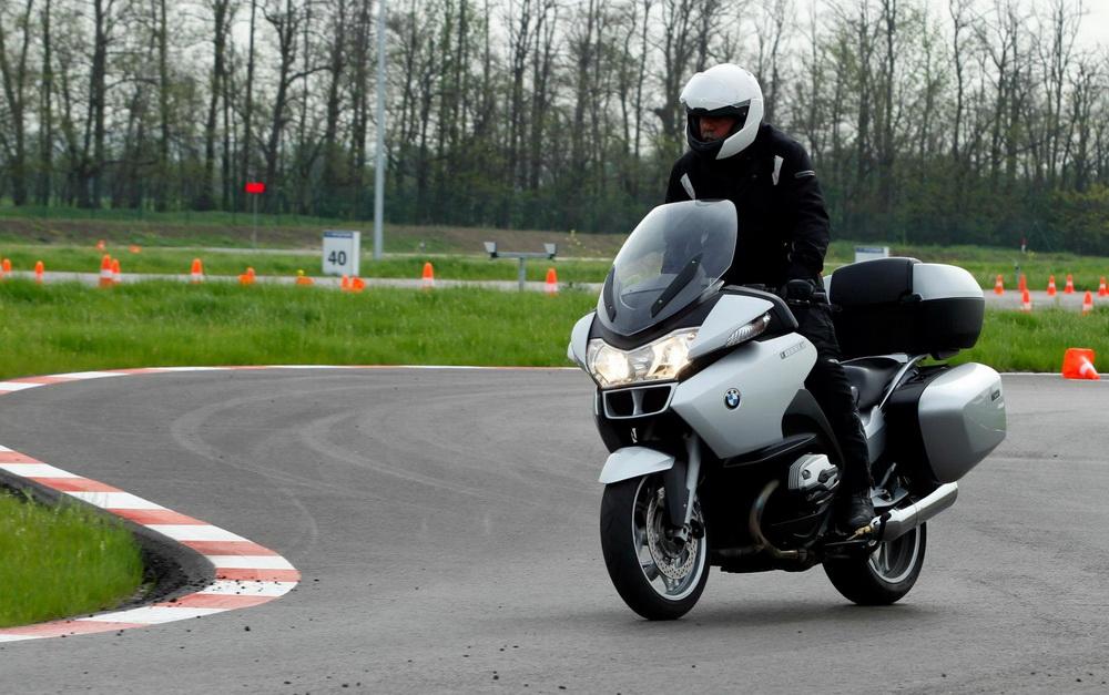 drivingcamp motoros trening galeria