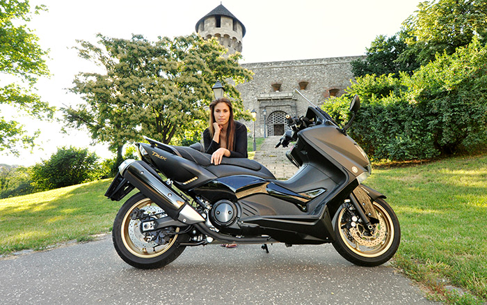 yamaha black max 2013 gallery