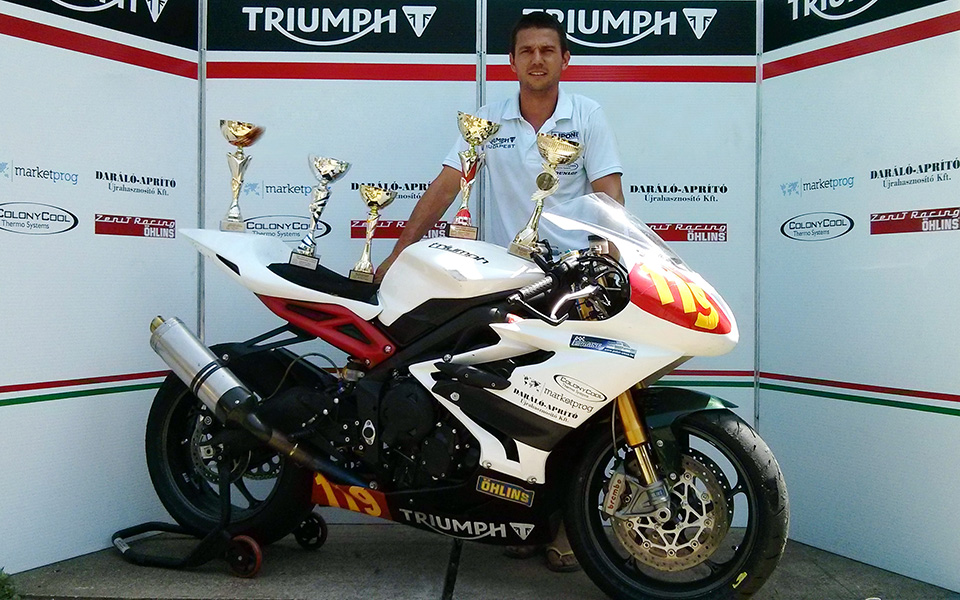 triumph chrobak most aa im