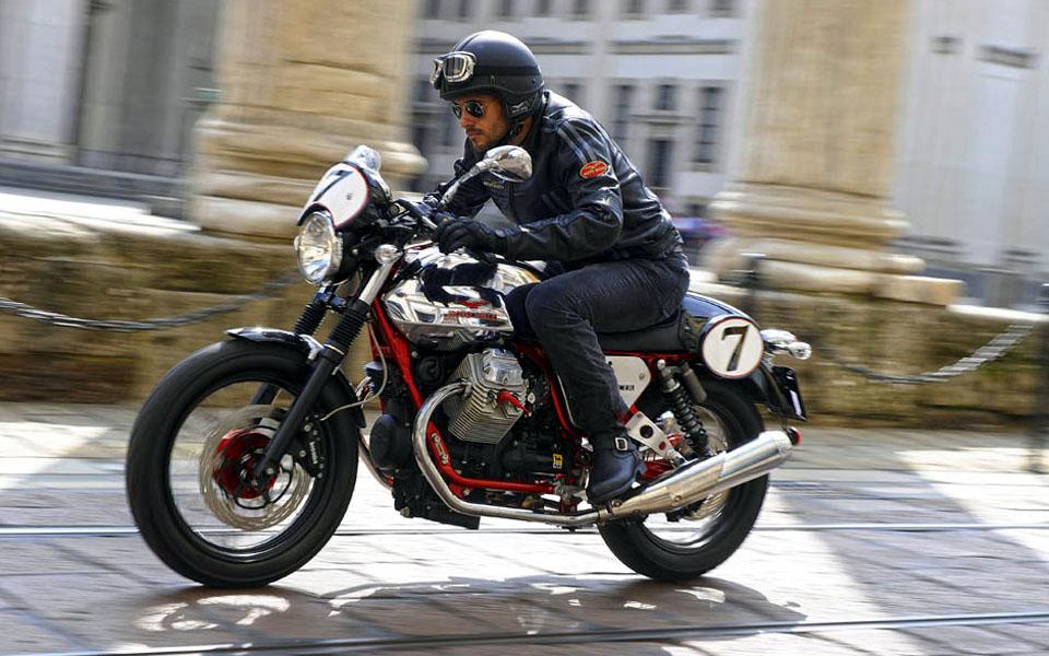 moto guzzi modellpaletta 2015