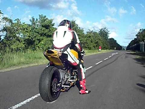 Turbo Gixxer gyorsulás...
