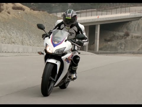 Honda CBR500R menetpróba